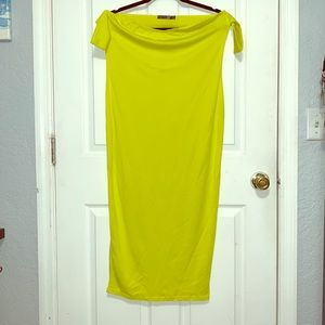 NWT Off the shoulder midi dress